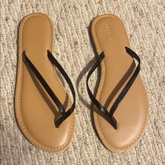 Faux Leather Capri Flip Flops